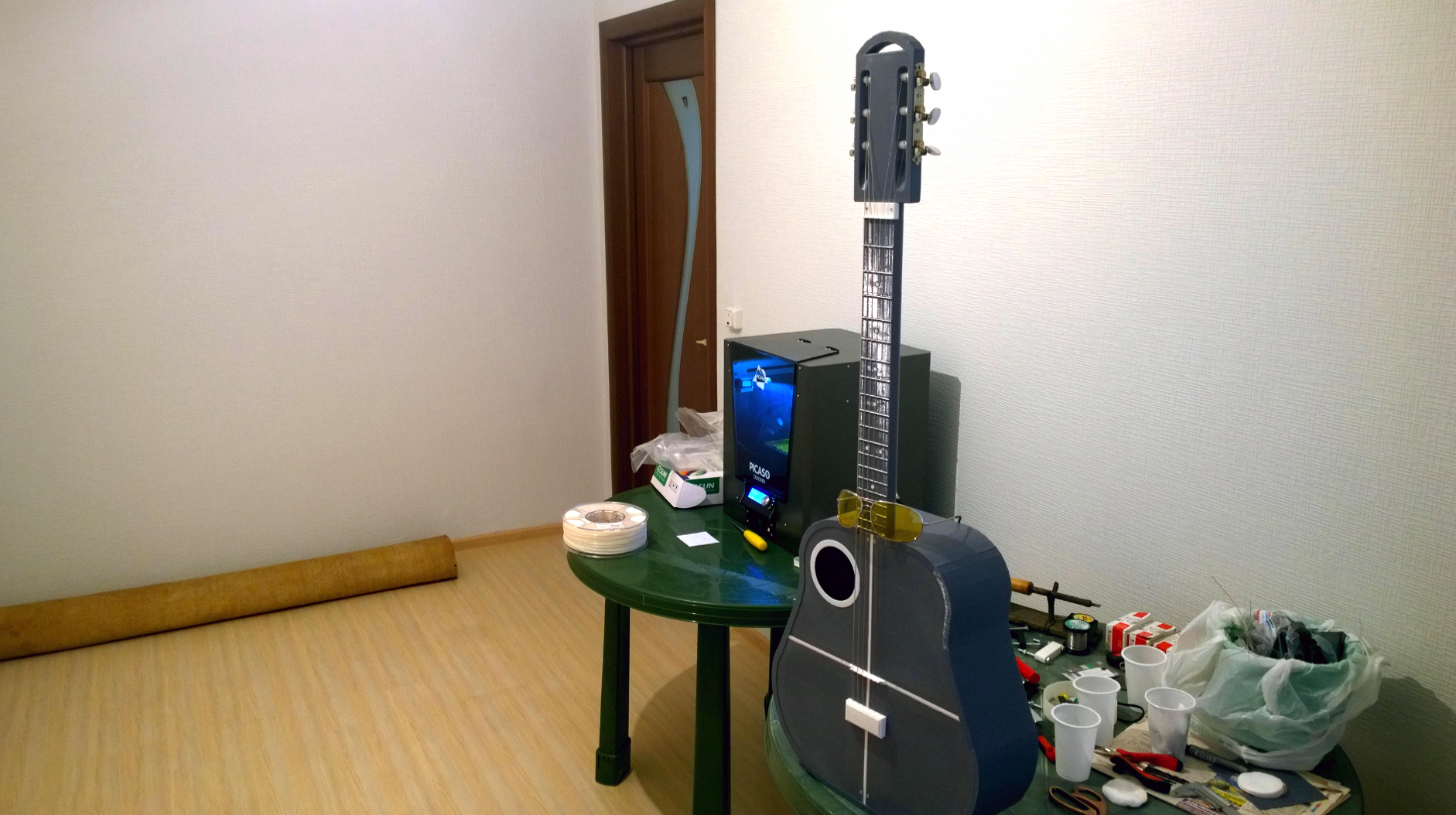 13.png Download free STL file Acoustic guitar with AROMA AG-03M amplifier • 3D printer model, CrocodileGene3d