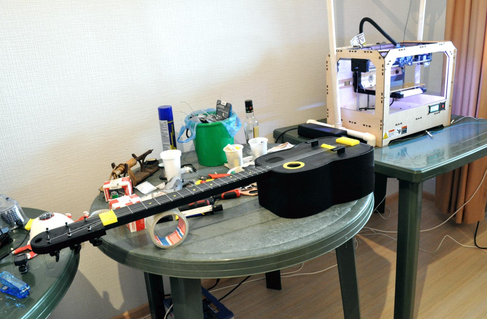 9.png Download free STL file Guitar with built in Amp and Speaker • 3D printable model, CrocodileGene3d
