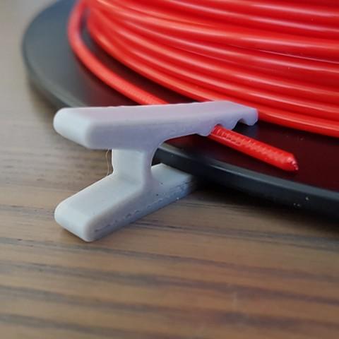 Download free 3D printer files Filament clip / Universal filament clip, Med