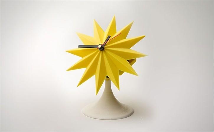 lowres_Y3W8SYR4RX.jpg Download free STL file Sunburst Tabletop Clock • 3D printable template, Dadddy