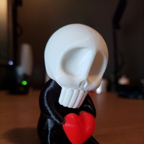 Free stl files SkullBaby Love - Cute Chibi Skull Heart Figurine Sculpture, ThatJoshGuy