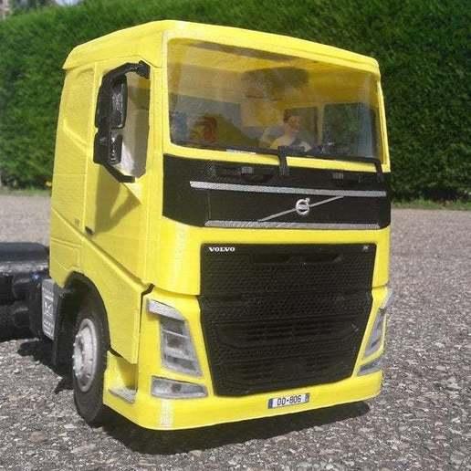 20190816_154819.jpg Télécharger fichier STL gratuit rc truck 1/14 FH body • Objet à imprimer en 3D, r083726