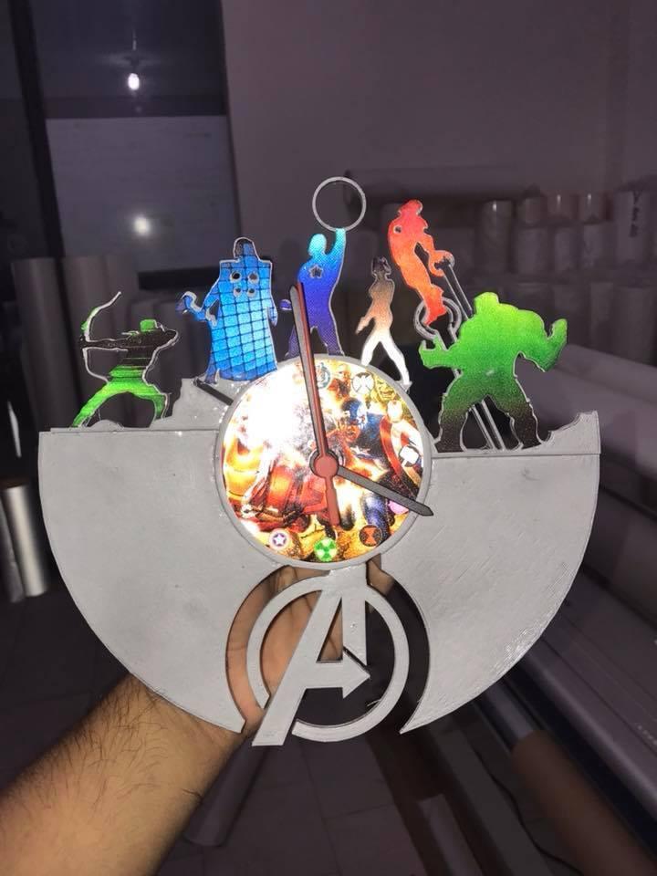 avengers.jpg Télécharger fichier STL gratuit horloge des vengeurs • Plan à imprimer en 3D, FranciscoMontoya
