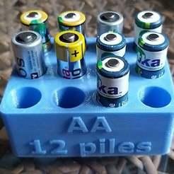12_pilesaa.jpg Télécharger fichier STL gratuit Stockage de piles AA 12 • Objet pour impression 3D, chris480