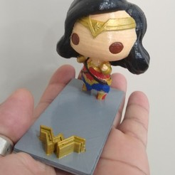Download free STL files Wonder Woman Cell Phone Holder, CMPereira