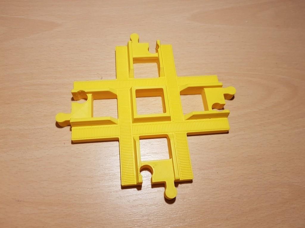 af72be90c54903062cc67b1914584fa5_display_large.jpg Download free STL file LEGO Duplo train track: crossing (90°) • 3D printing template, kpawel