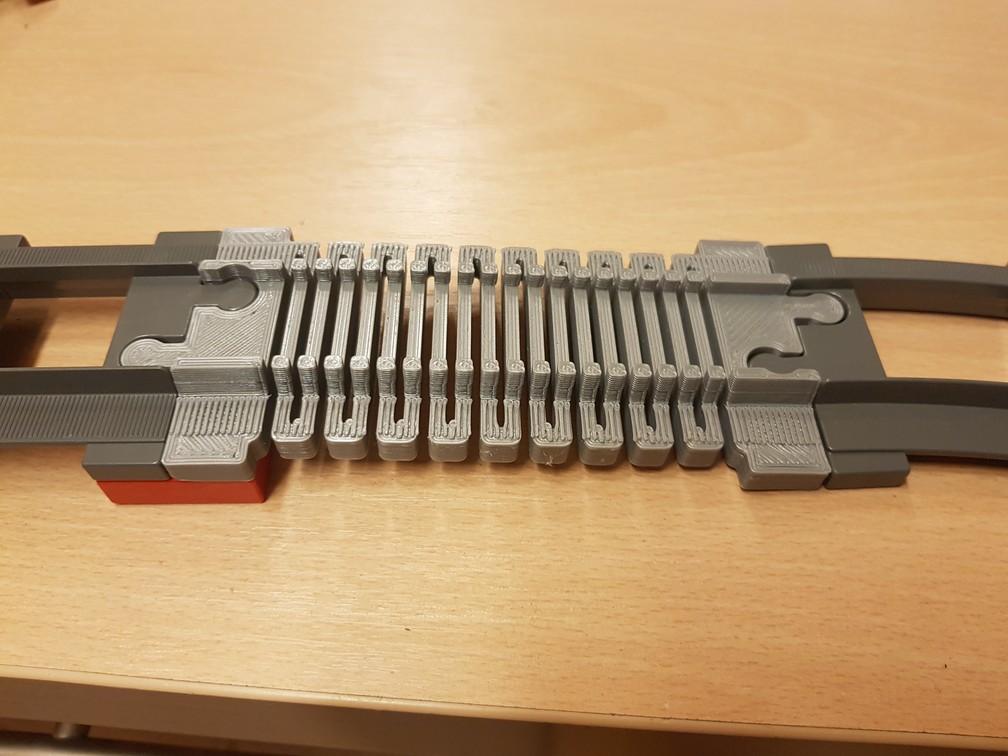 t3.jpg Télécharger fichier STL gratuit Voie ferrée : élastique droite (pleine grandeur) • Objet imprimable en 3D, kpawel