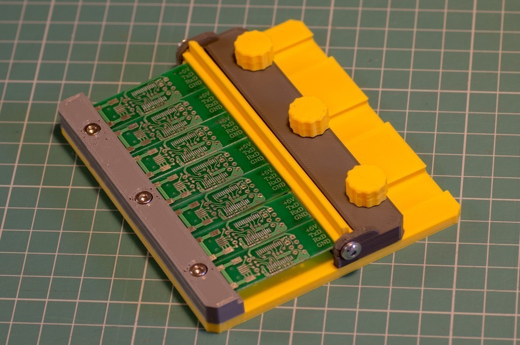 2e857d0459e6718c8203149173376d1a_display_large.jpg Télécharger fichier STL gratuit Porte-cartes • Plan pour imprimante 3D, kpawel