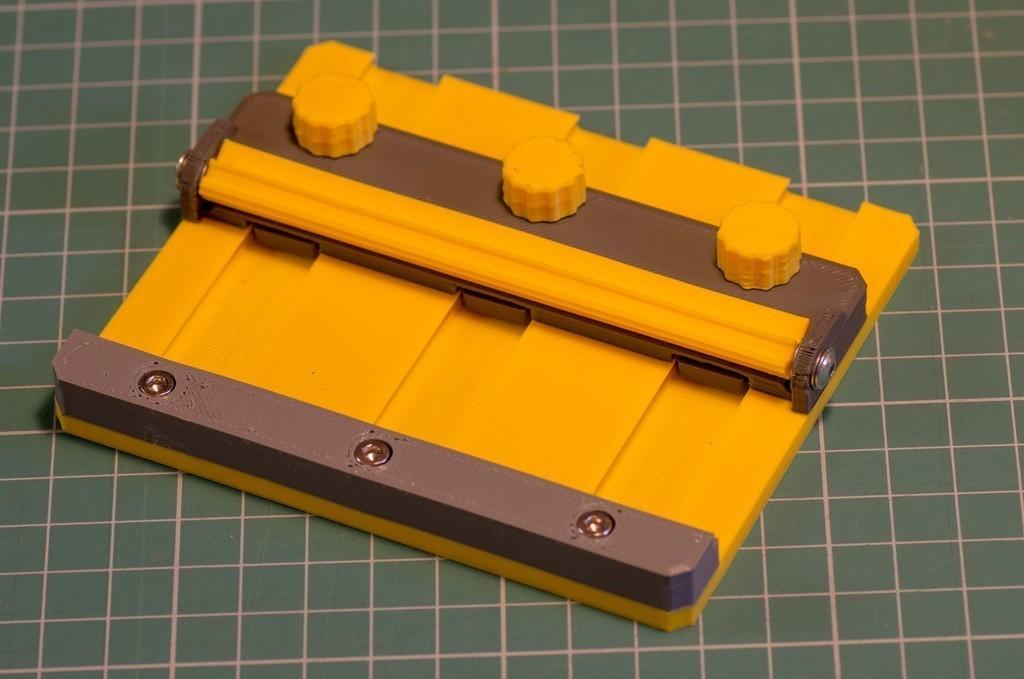 c2df4a6cb6fd33be15fd39d974dd90a5_display_large.jpg Télécharger fichier STL gratuit Porte-cartes • Plan pour imprimante 3D, kpawel