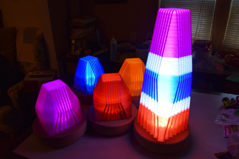 DSC_0019.jpg Download free STL file Fractal Led Lamp • 3D printer object, ChrisBobo
