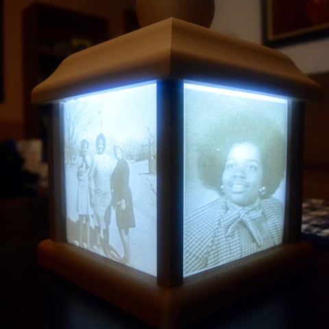 DSC_0049 (1).jpg Download free STL file Lithophane Box • 3D print design, ChrisBobo