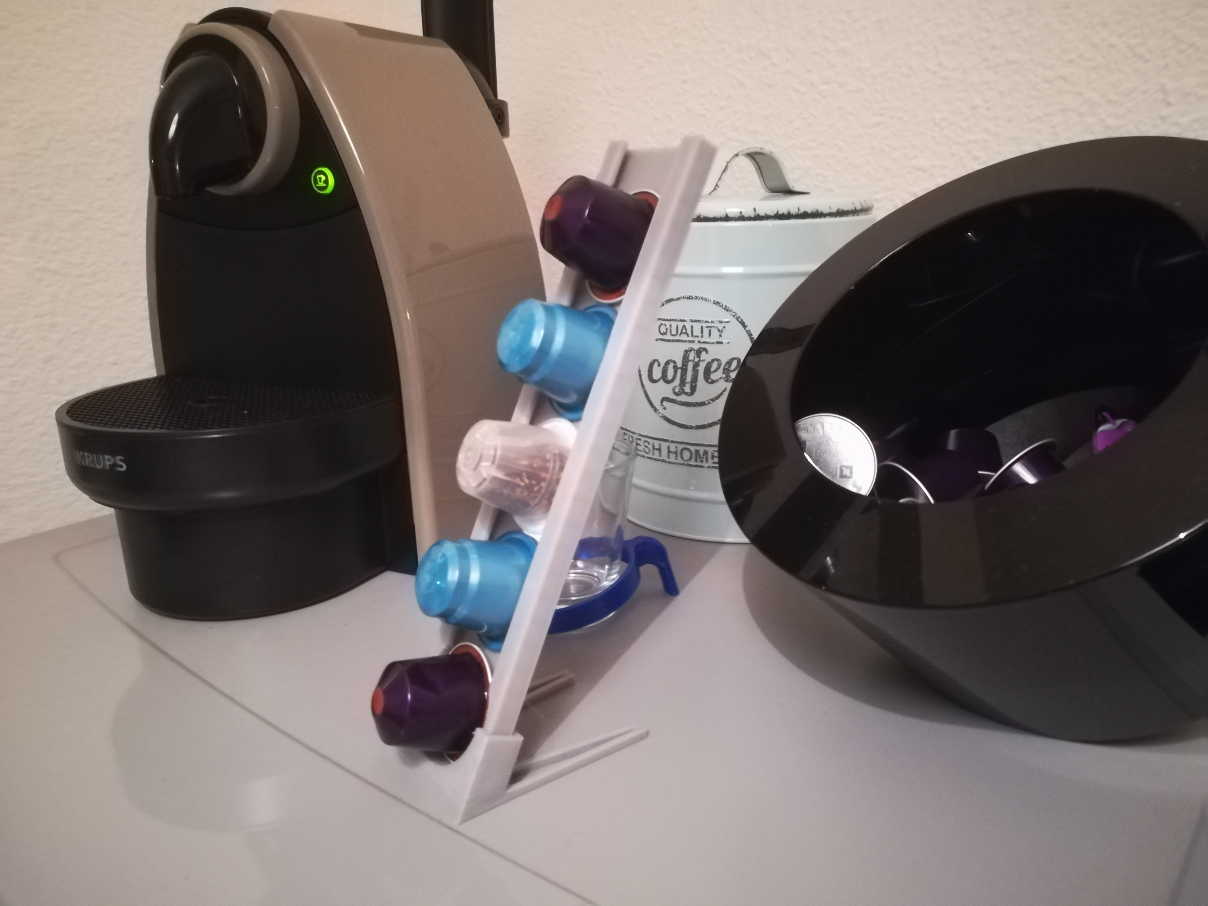 IMG_20180331_210135.jpg Download free STL file Coffee capsule dispenser • 3D print template, DorianAgnel