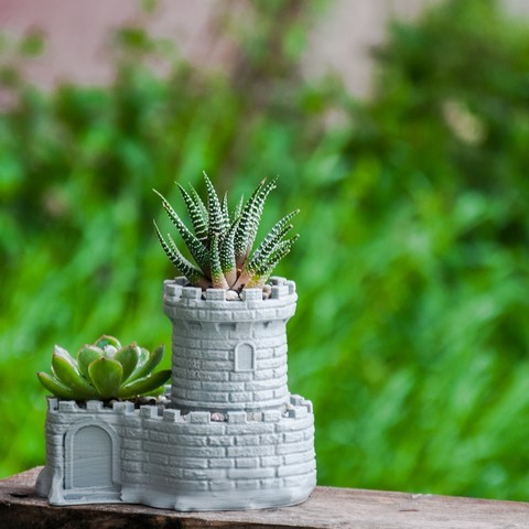 Free STL files Multipurpose Castle Planter - Tower Planter And Pen Holder, reahax