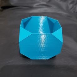 Télécharger fichier STL Jardinière Pot tronqué VASE DE SPIRALE • Modèle à imprimer en 3D, PolacoJNM