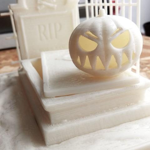 IMG_20171025_135645.jpg Download free STL file Halloween Grave • 3D print model, X3RPM