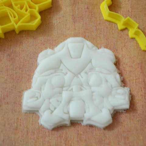 DSC_0752.JPG Download free STL file Bumblebee and autobots cookie cutter • 3D printing template, AmineZed