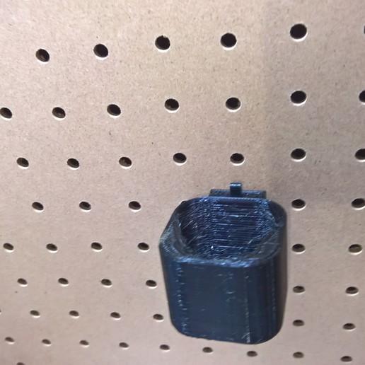 WP_20180605_14_48_44_Pro.jpg Télécharger fichier STL gratuit milwaukee m12 cintre à pinces à piles • Objet imprimable en 3D, Punisher_4u