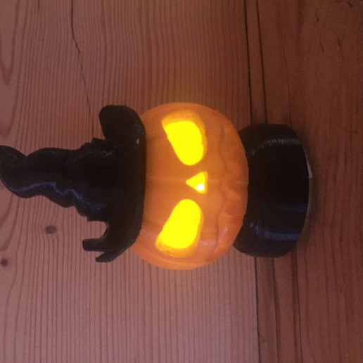 Download free 3D printing designs Halloween pumpkin lamp #3DSIMO, maxime74