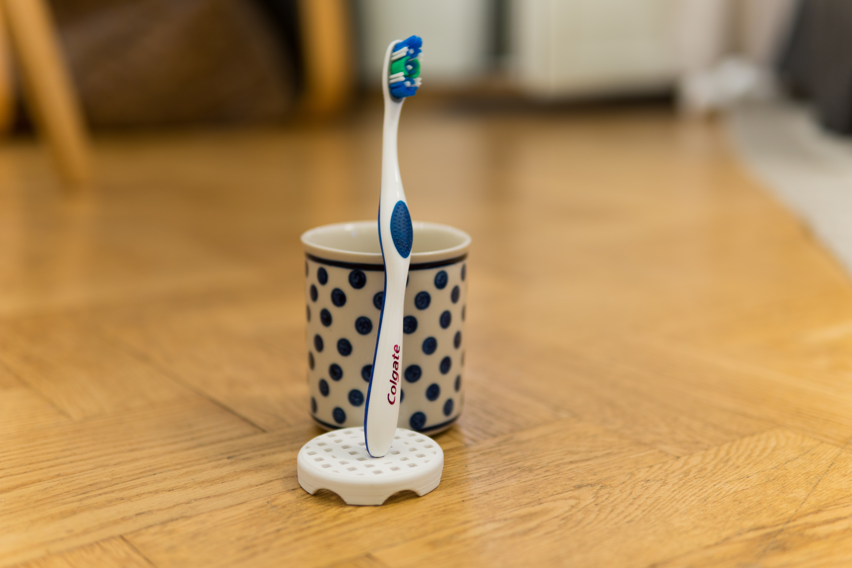 DSC06284.jpg Download free STL file Toothbrush yuck protector • 3D printer object, hallonhatt