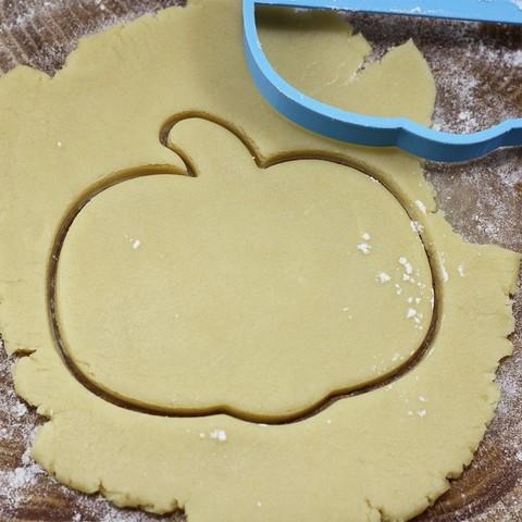 01.jpg Download OBJ file Pumpkin Halloween cookie cutter for professional • 3D printing template, gleblubin