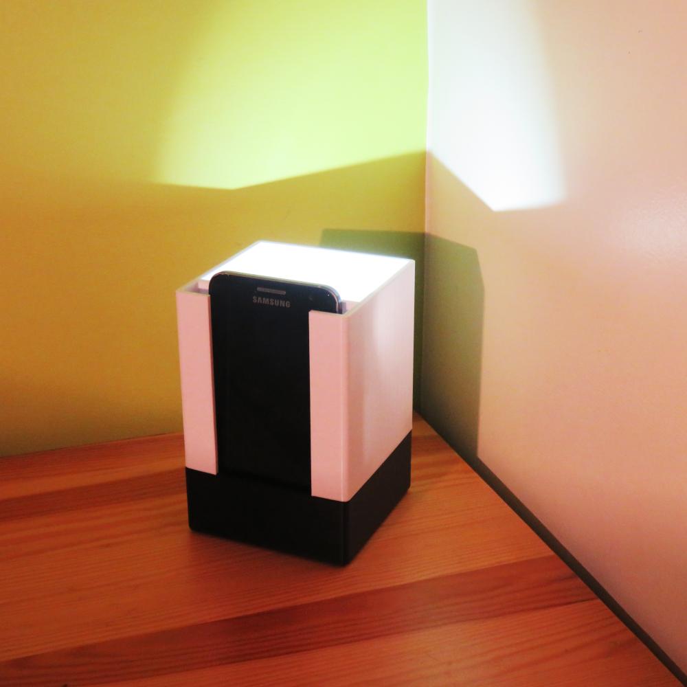 light_p1.png Télécharger fichier STL gratuit Lamp Phone • Design pour impression 3D, Joanix