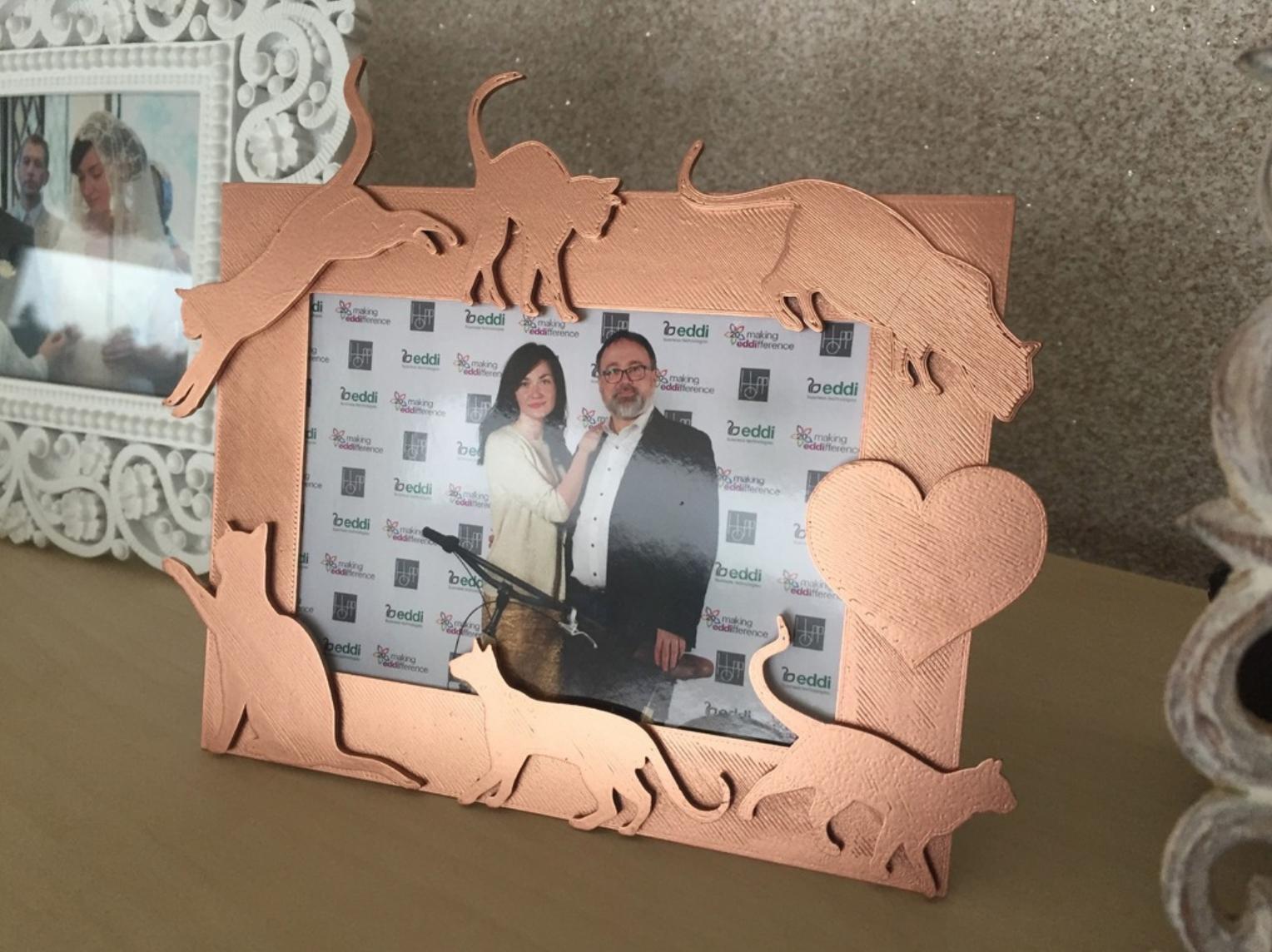 """Capture d'écran 2017-10-19 à 17.33.49.png Download free STL file Valentine photo fame """"Six tails love"""" • 3D printing template, Opossums"""