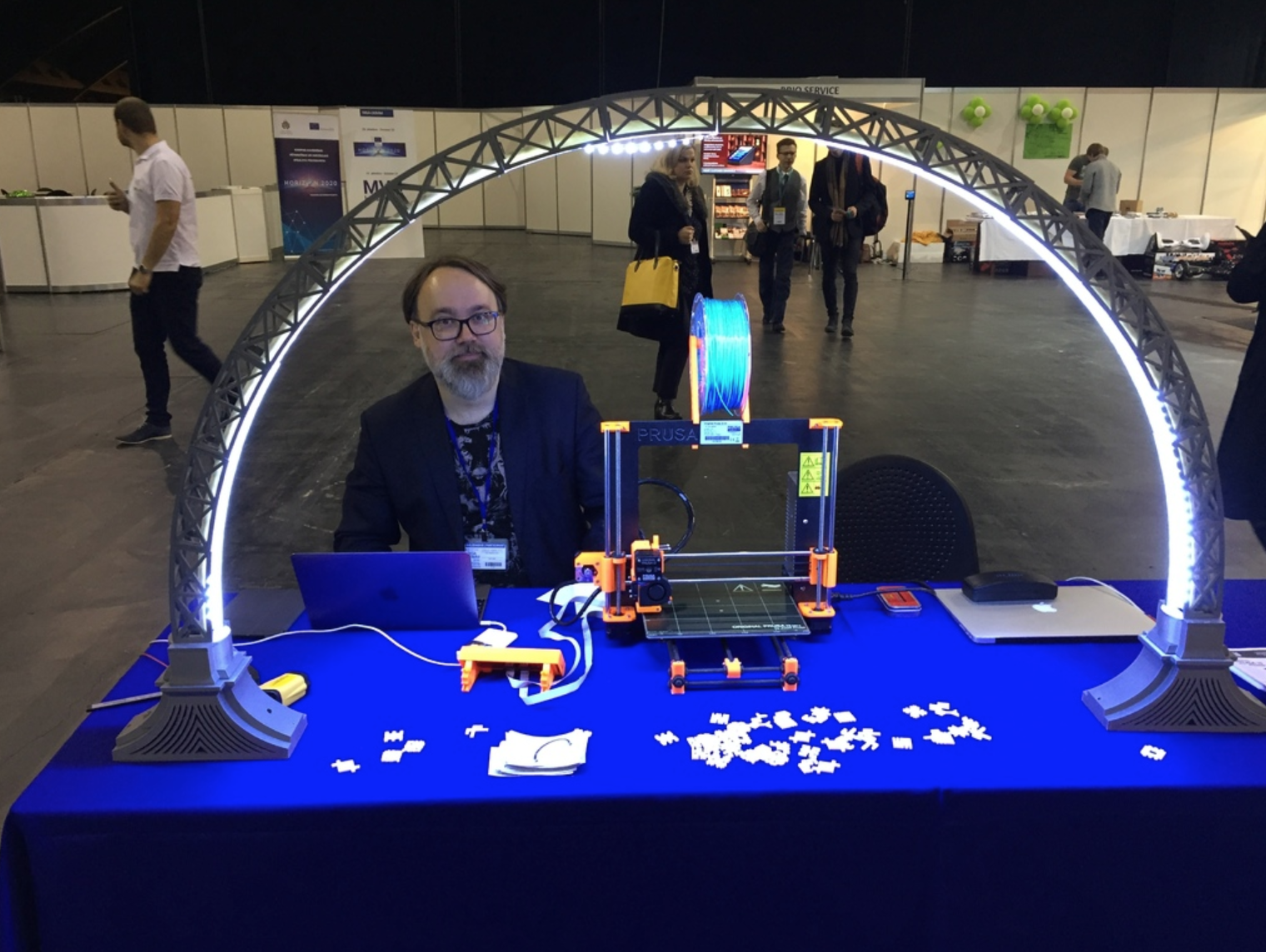 Capture d'écran 2017-10-19 à 16.02.16.png Télécharger fichier STL gratuit Led lampe de pont Segment Universel • Objet imprimable en 3D, Opossums