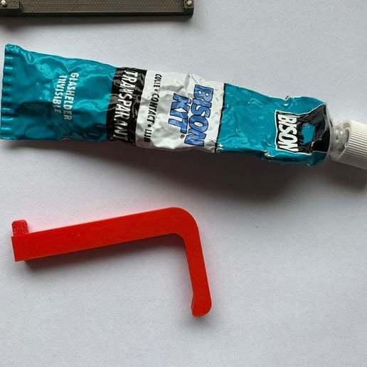 IMG_9314.JPG Télécharger fichier STL gratuit Jack hook - ouvre-porte hygiénique et sûr, poussoir de bouton • Plan imprimable en 3D, Opossums