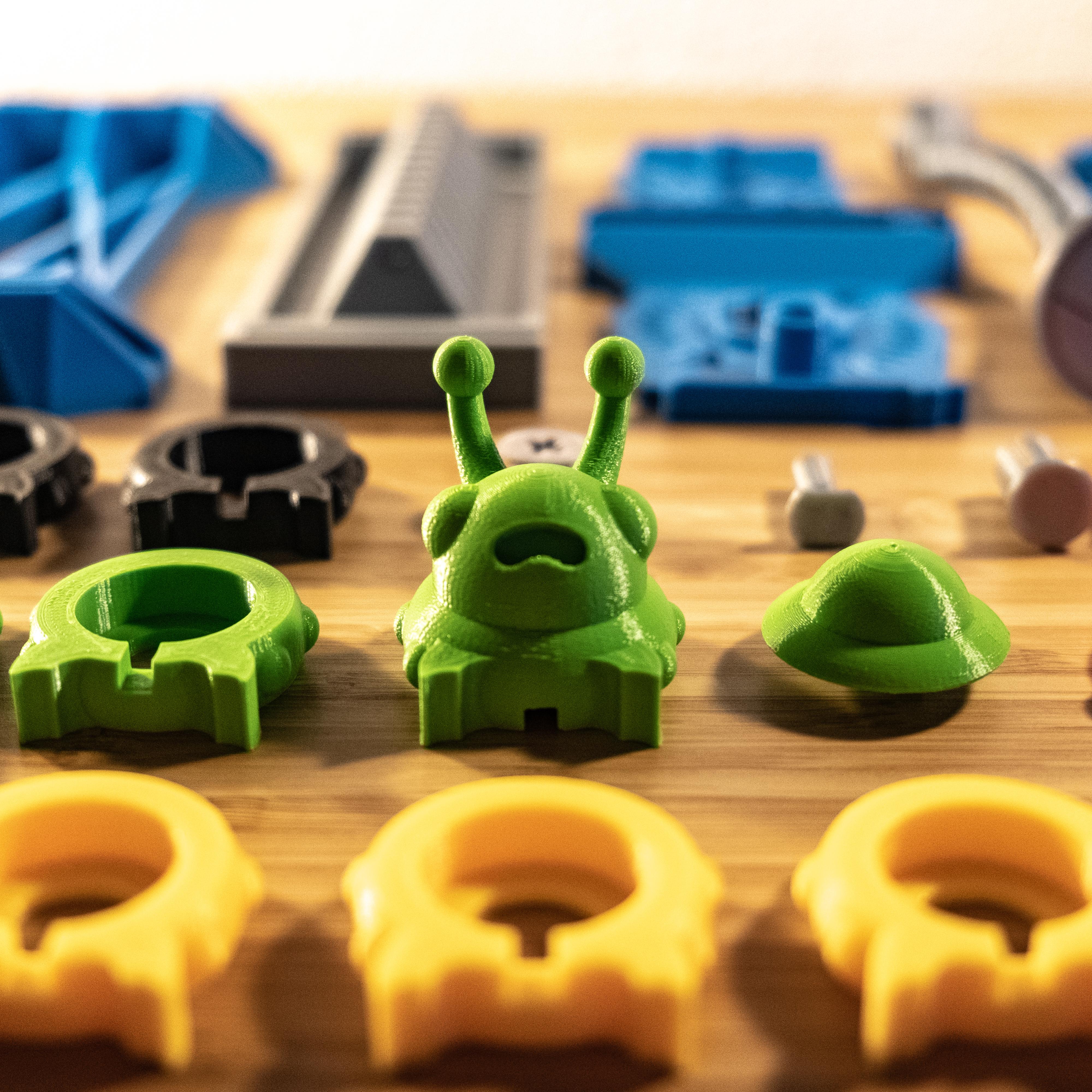 2-3.jpg Download STL file Shape Shaker_Caterpillar • Design to 3D print, Ocrobus