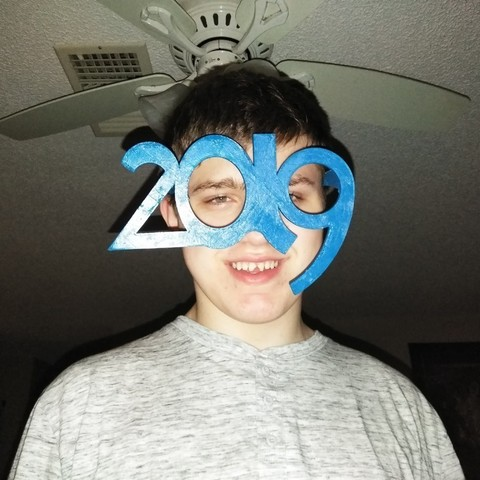 Free 3D printer files New Years 2019 glasses, A_SKEWED_VIEW_3D