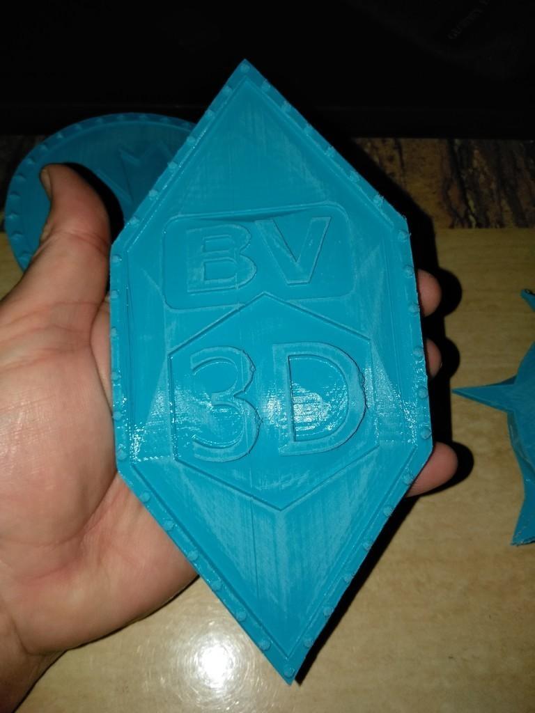 8712c20bbed08feb34a0b86bb01b3cbc_display_large.jpg Download free STL file BRYAN VINES CUSTOM SHIELD • 3D printer model, A_SKEWED_VIEW_3D