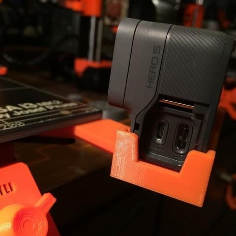 Free 3D printer designs Prusa i3 MK2 GoPro Hero5 holder with Open Ports, DomDomDom