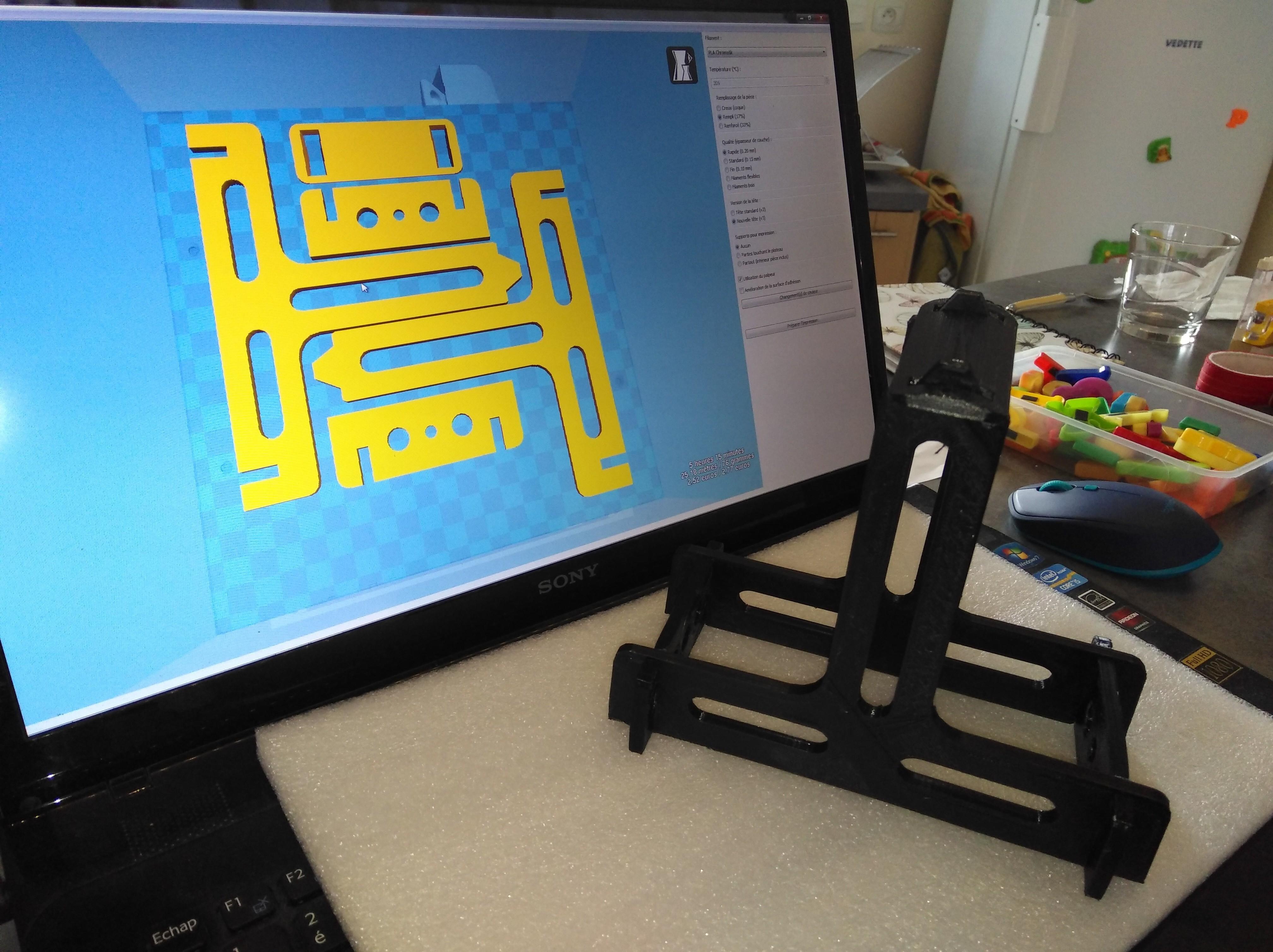 IMG_20171112_144853.jpg Download free STL file Filament coil support • 3D print model, LLH