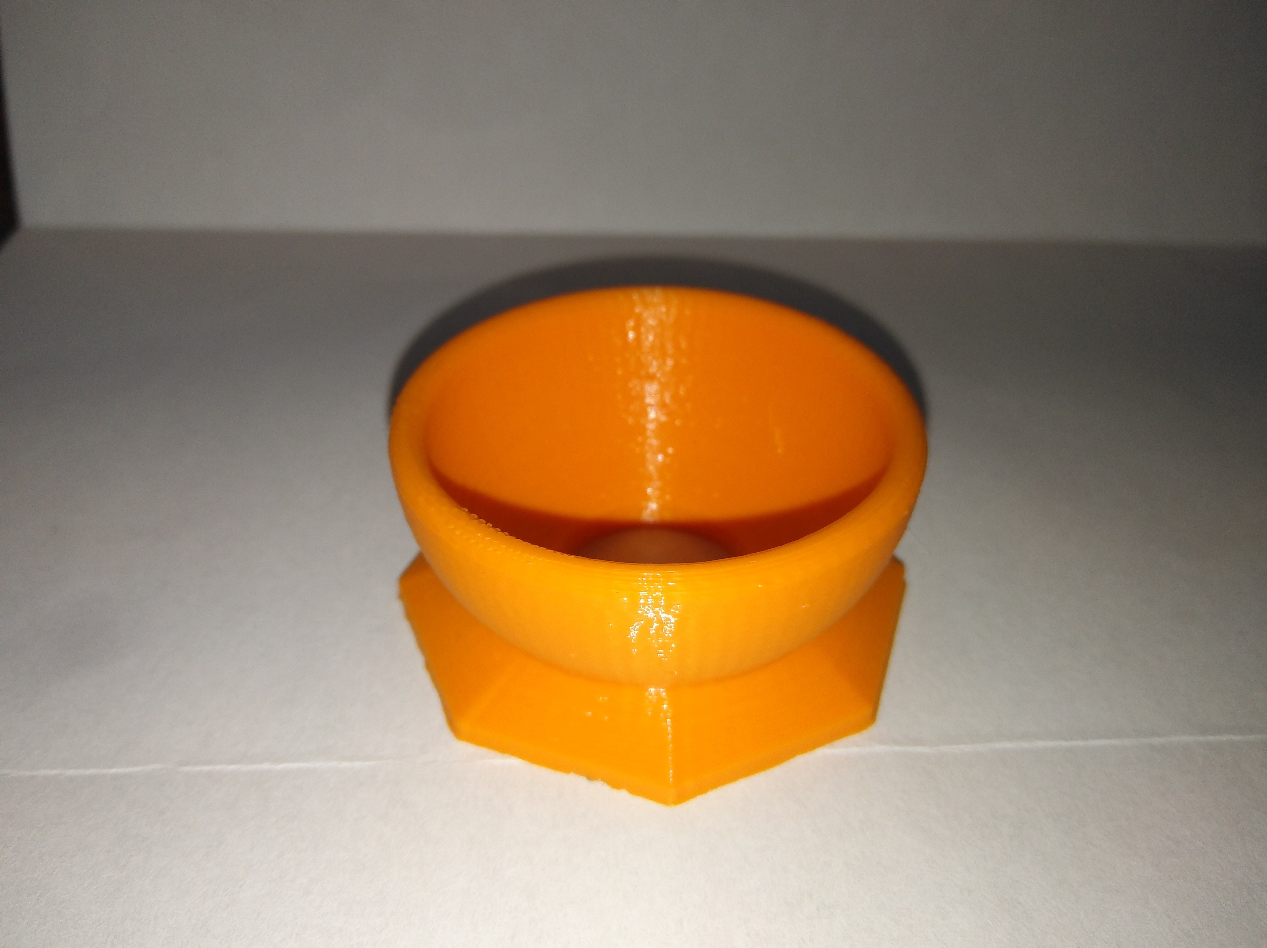 IMG_20180408_194200.jpg Download free STL file Egg cup • 3D print object, LLH