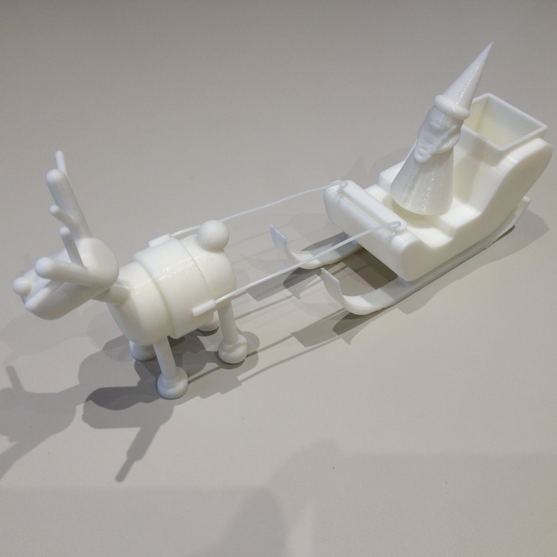 Ensemble Traineau Renne Pere Noel 01.JPG Télécharger fichier STL gratuit Pére Noël pour traineau • Plan pour imprimante 3D, Emmanuelb