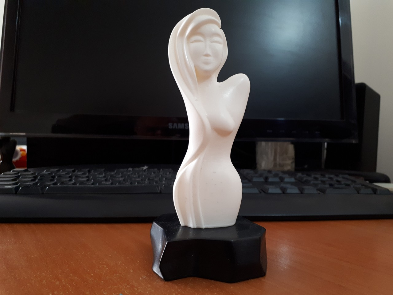 20180207_114559.jpg Download STL file Woman Bust • 3D print model, iradj3d