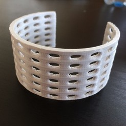 Bracelets.jpg Download STL file Bracelet • 3D printing model, sammy3
