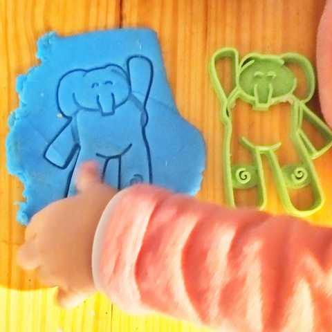 3D print model Elly - elephant from pocoyo cookie cutter and stamps, Agos3D