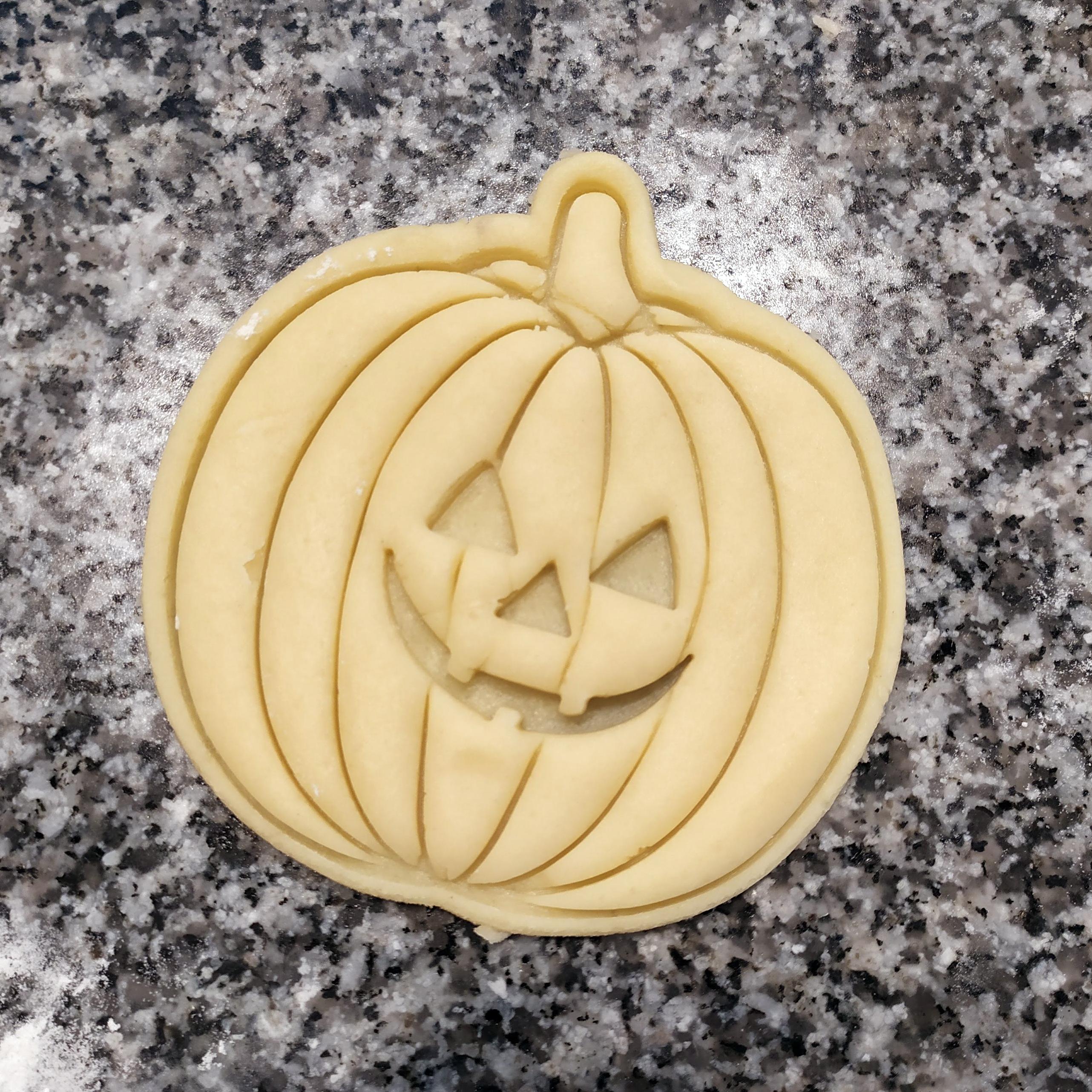 IMG_20191017_161556.jpg Télécharger fichier STL gratuit PACK CHAUSSURES ET CHAUSSURES - SCEAUX ECHANGEABLES - CHAUSSURES HALLOWEEN CUTTING - FONDANT MASS CUTTING AND pumpkin CLAY - 8 AND 10cm • Objet imprimable en 3D, Agos3D