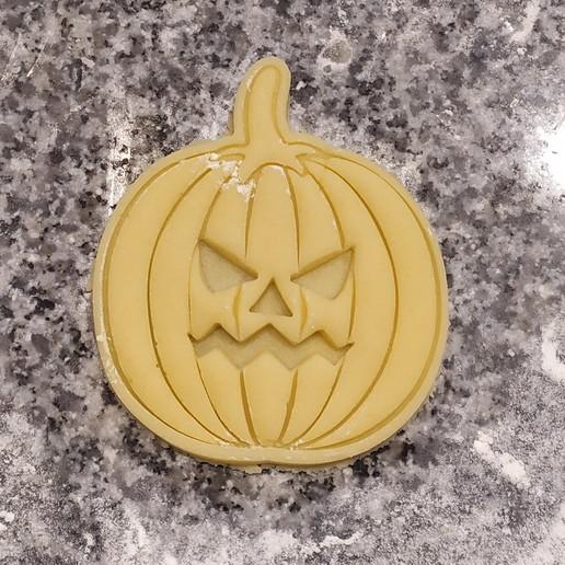 IMG_20191017_160821.jpg Télécharger fichier STL gratuit PACK CHAUSSURES ET CHAUSSURES - SCEAUX ECHANGEABLES - CHAUSSURES HALLOWEEN CUTTING - FONDANT MASS CUTTING AND pumpkin CLAY - 8 AND 10cm • Objet imprimable en 3D, Agos3D
