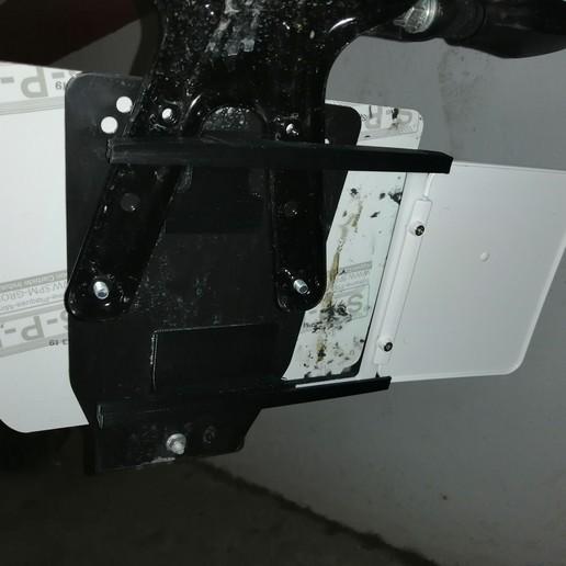 IMG_20200330_134500.jpg Télécharger fichier STL gratuit Support de plaque d'immatriculation de moto • Modèle à imprimer en 3D, Ginesor