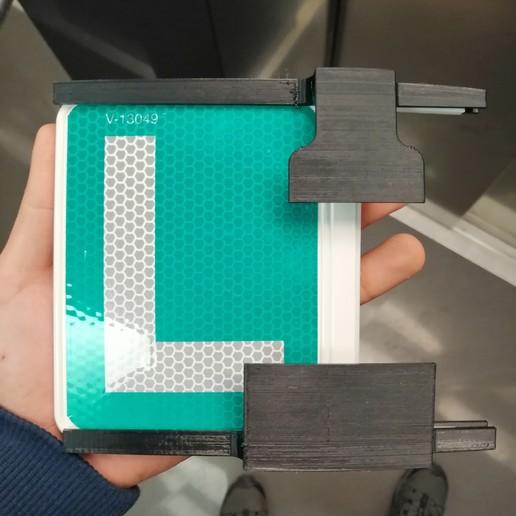 IMG_20200330_133725.jpg Télécharger fichier STL gratuit Support de plaque d'immatriculation de moto • Modèle à imprimer en 3D, Ginesor