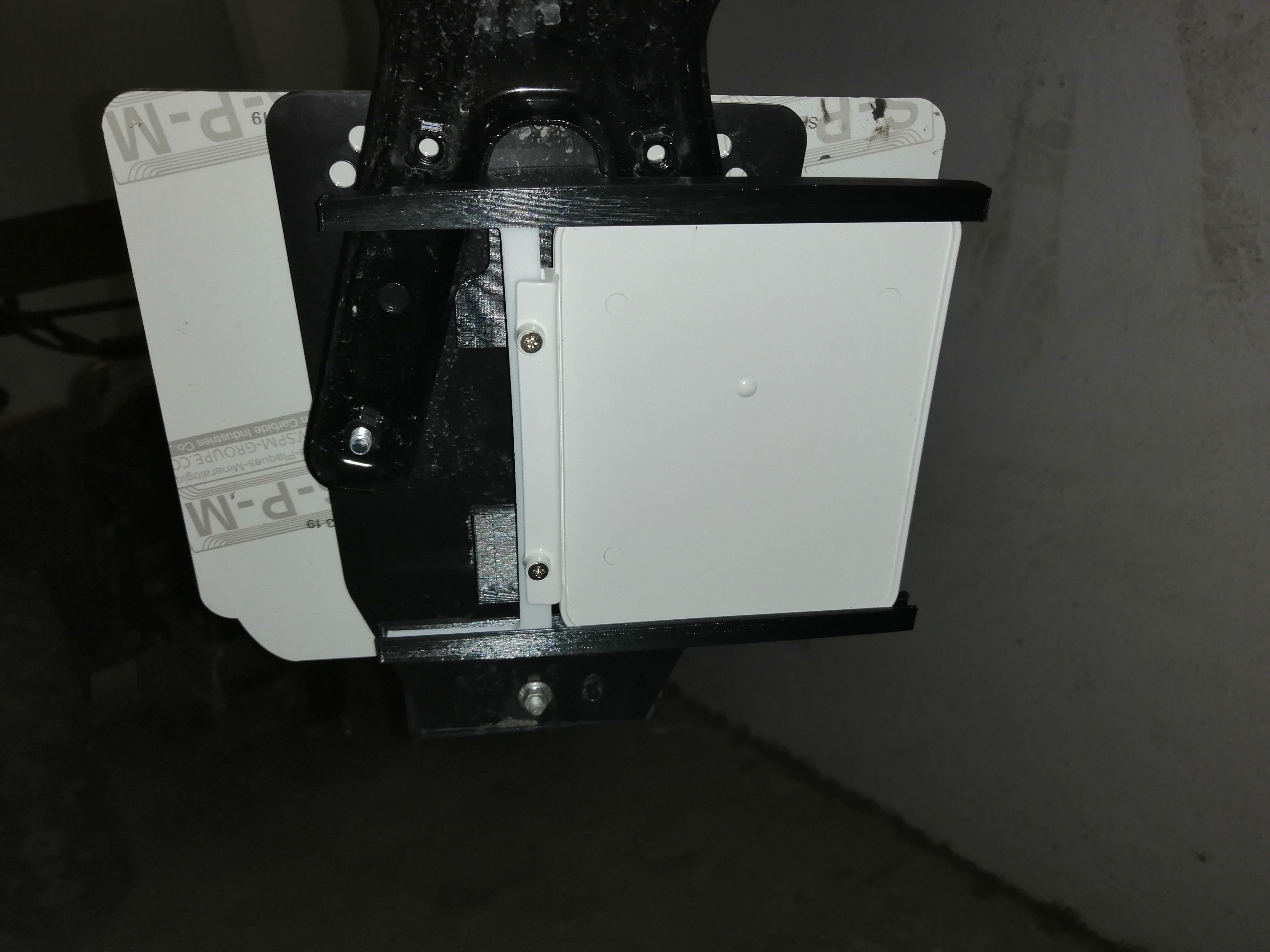 IMG_20200330_134446.jpg Télécharger fichier STL gratuit Support de plaque d'immatriculation de moto • Modèle à imprimer en 3D, Ginesor