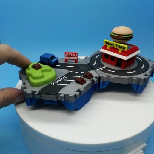 DSC_0915.JPG Download free STL file Little Cities - Burger Drive Through • Template to 3D print, neil3dprints