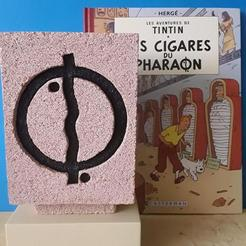5d79ea16-5170-4964-a032-30f525b2ff6d.jpg Download STL file Tintin cigars of the pharaoh plaque • Model to 3D print, 3DMARKED