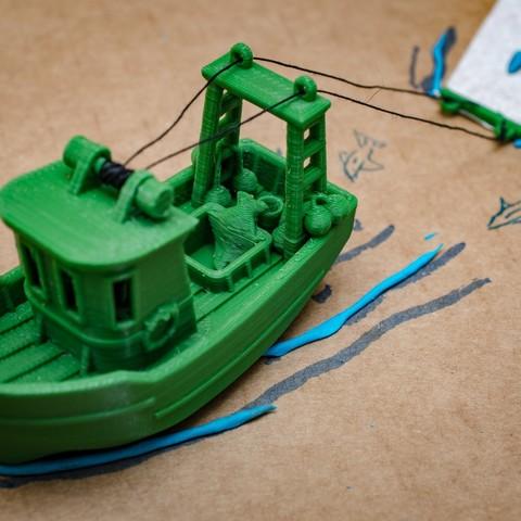DSC_1614.jpg Télécharger fichier STL gratuit FIN le petit Trawler (banc visuel) • Modèle imprimable en 3D, vandragon_de