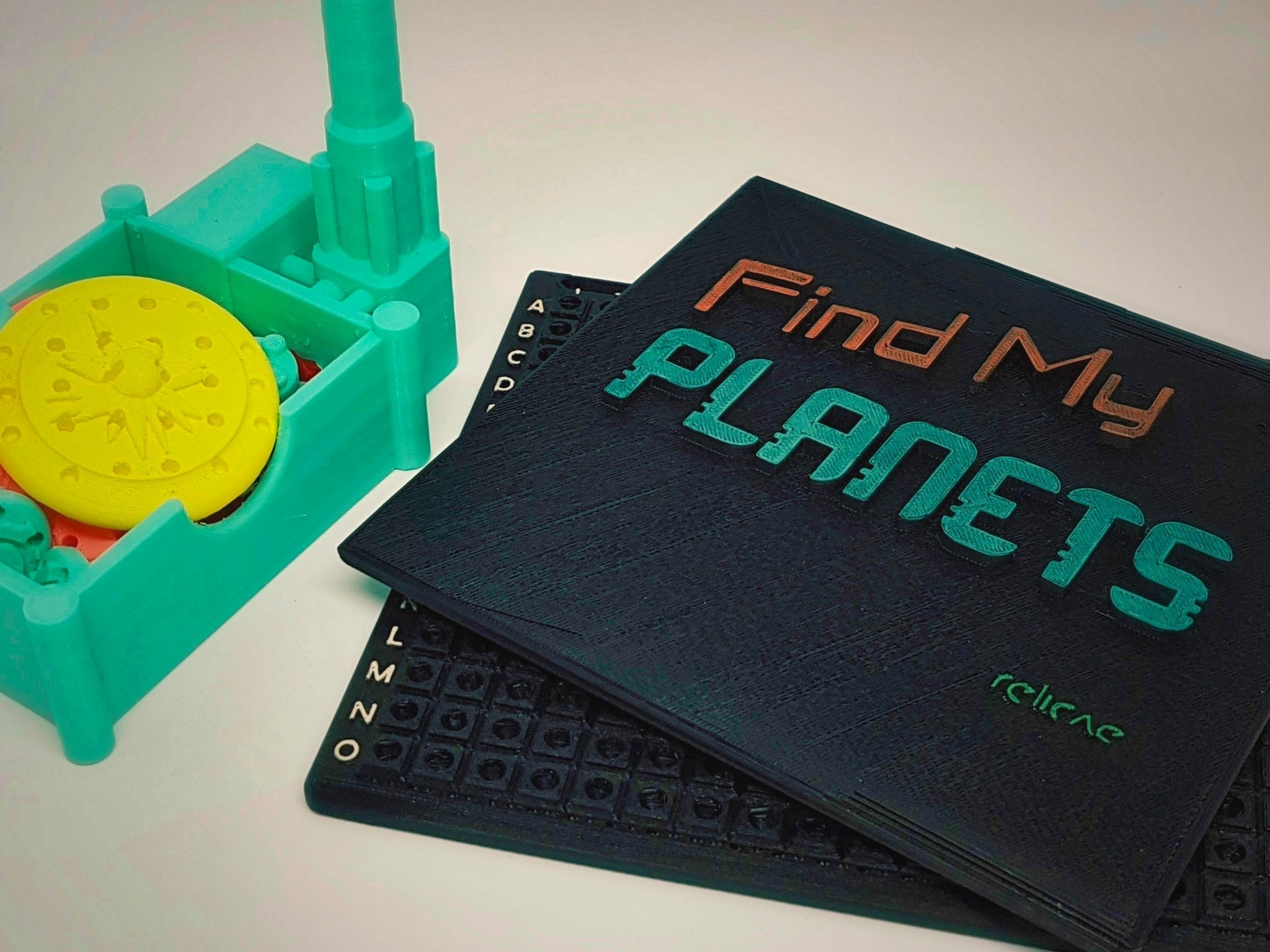 Find_My_Planets_9a_OK.jpg Download free STL file Find My Planets - Guessing Game (Battleship style) • 3D printer object, Relicae