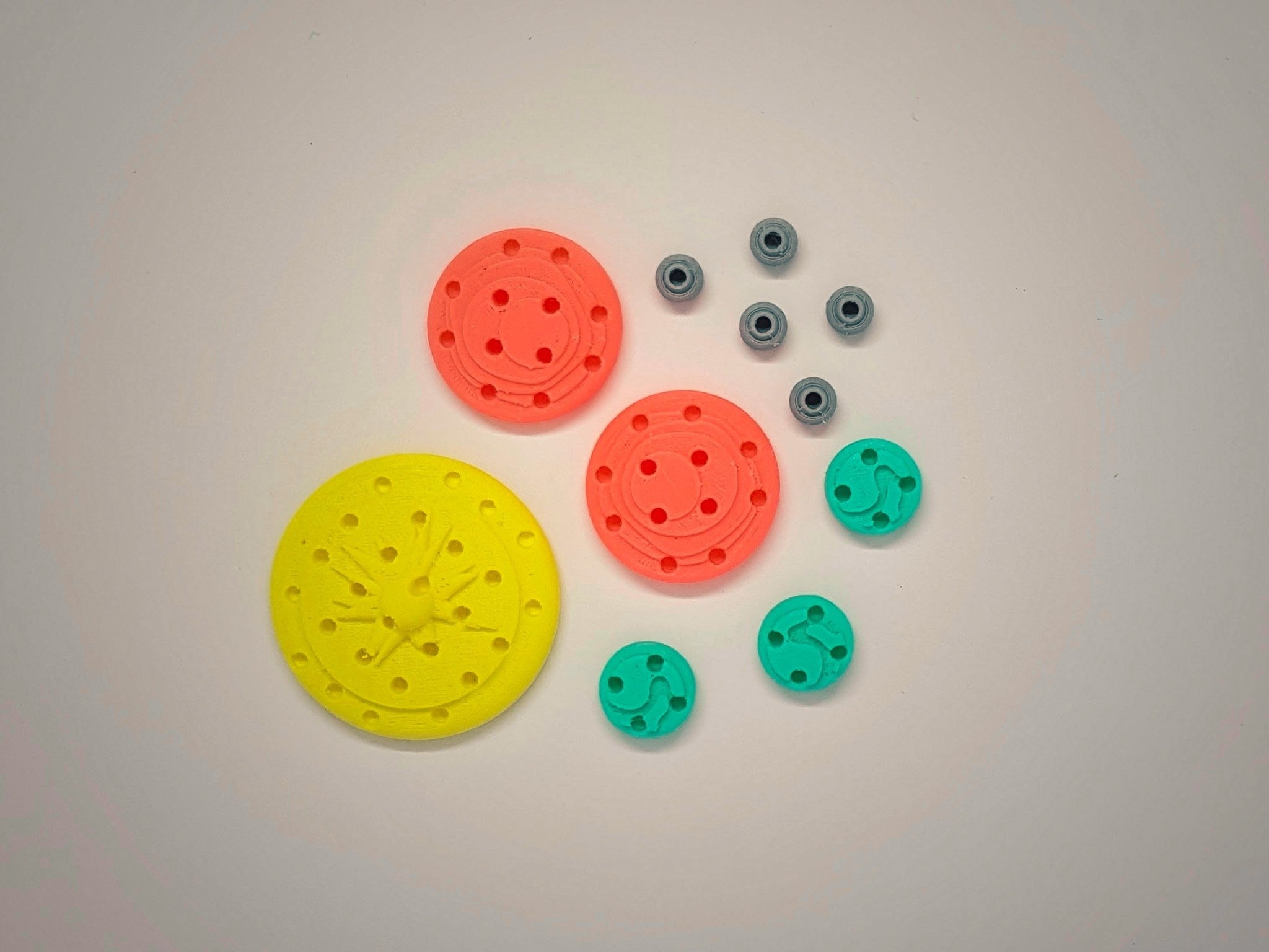 Celestial_Bodies_2a_OK.jpg Download free STL file Find My Planets - Guessing Game (Battleship style) • 3D printer object, Relicae