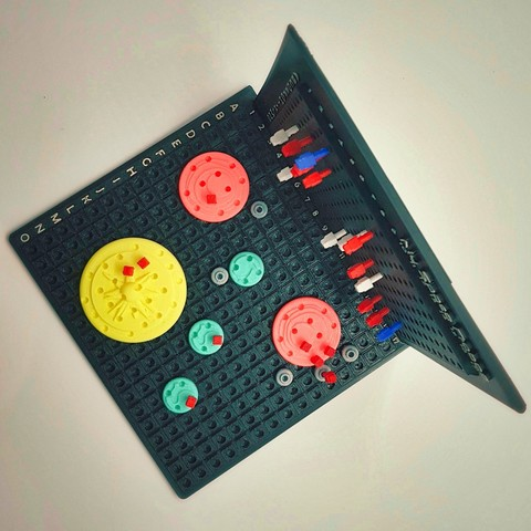 Find_My_Planets_4a_OK.jpg Download free STL file Find My Planets - Guessing Game (Battleship style) • 3D printer object, Relicae