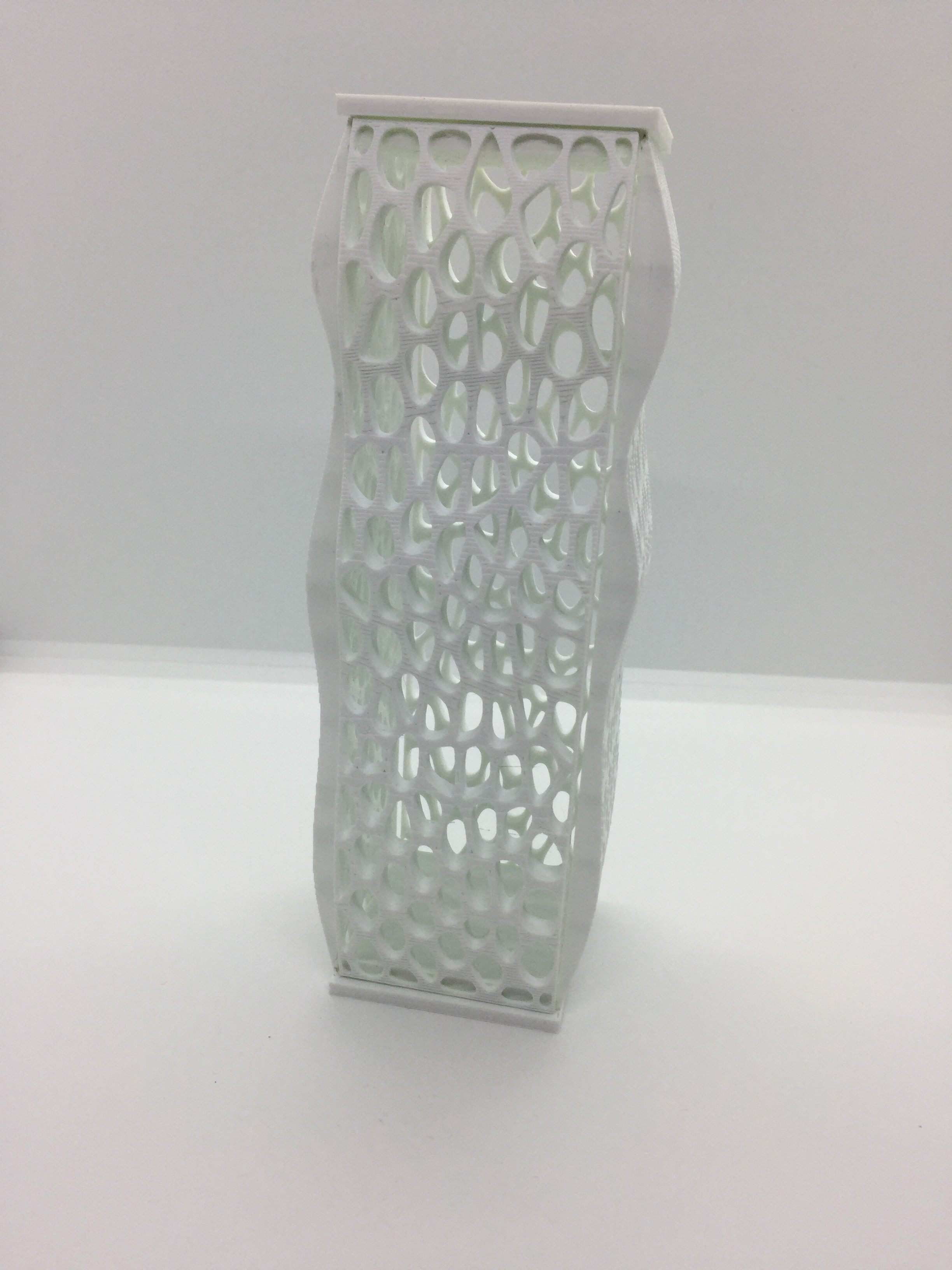IMG_1942.JPG Download free STL file voronoi tower column • Object to 3D print, juanpix